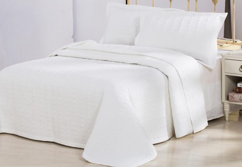 Покрывало LUXURY LINENS Ritze