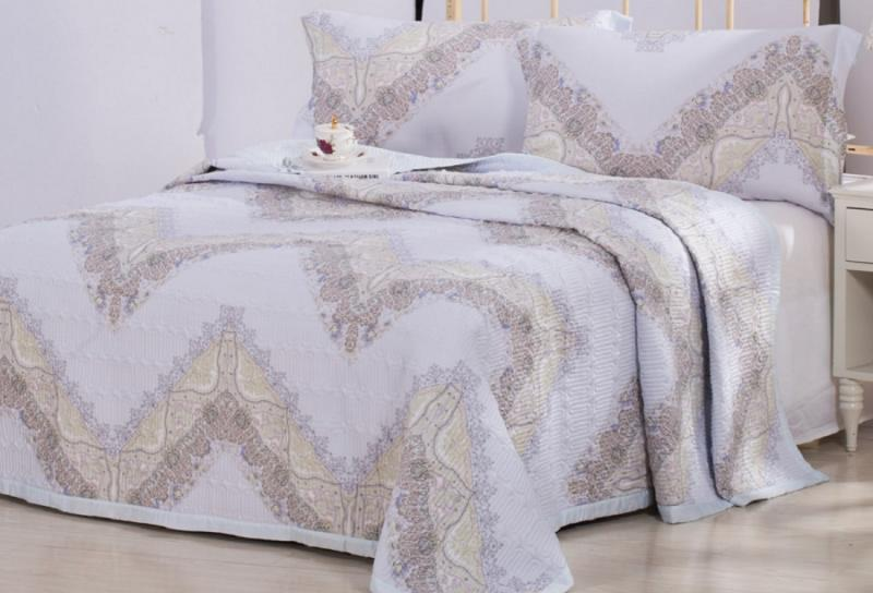 Покрывало LUXURY LINENS Derba